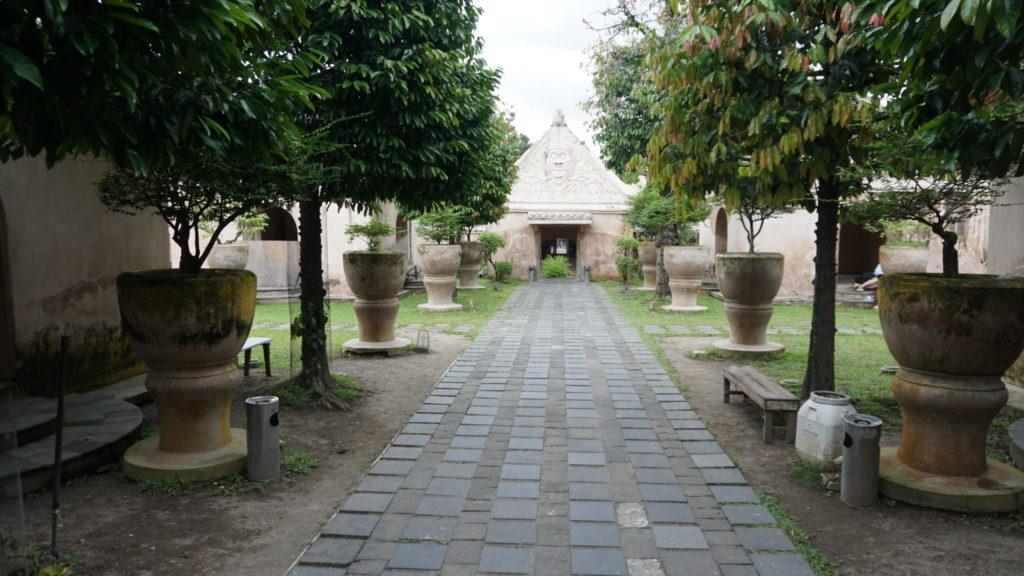 berkunjung ke taman sari yogyakarta
