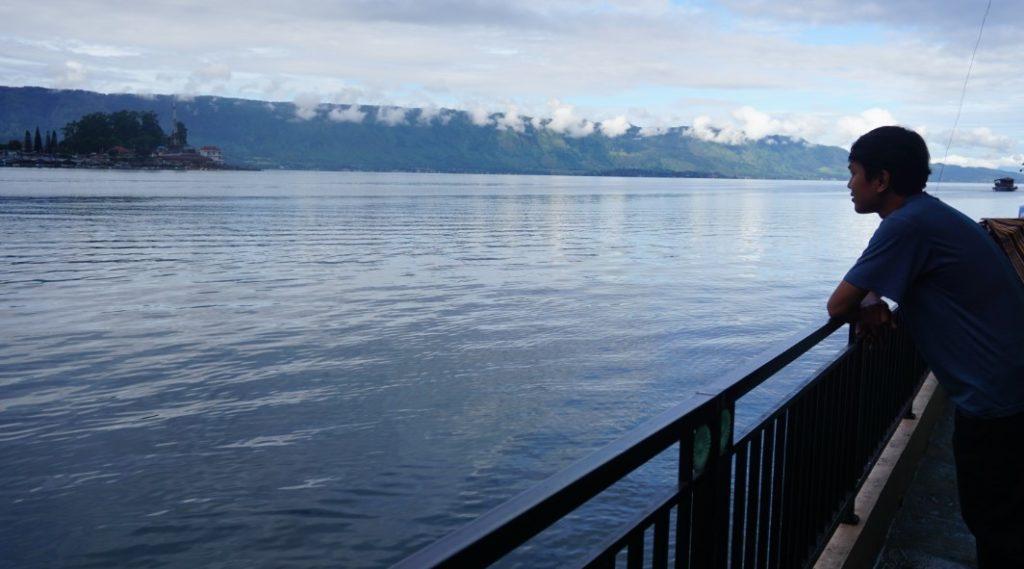 penginapan danau toba prapat